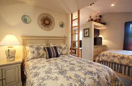 vacation rental bedroom